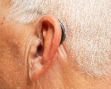 Hoortoestel in of achter oor